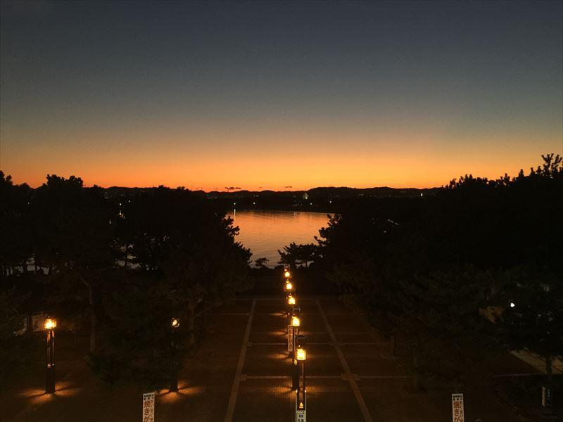 金沢八景の夕景。きれいでした。写真はiPhone 6 Plus。