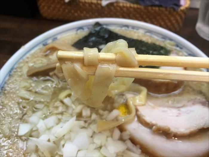 きしめん風幅広麺