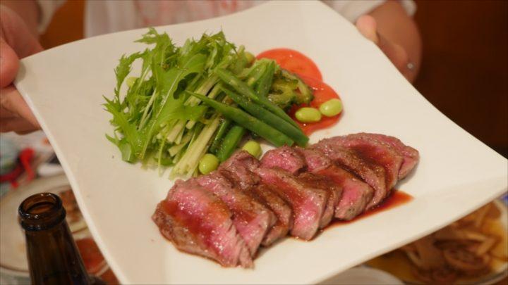 常陸牛のステーキです。肉の歯ごたえも良く、ソースも肉の良さを殺さずに食べられるものでした